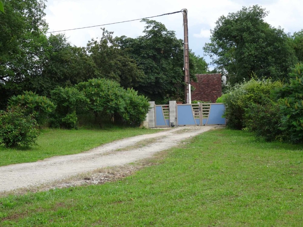 Aire camping-car à Cavagnac (46110) - Photo 5